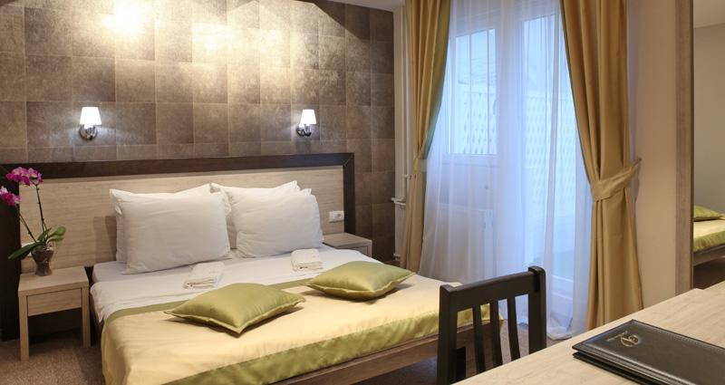 Hotel Vozarev, Hoteli Beograd, besplatan Wi-Fi internet u hotelu
