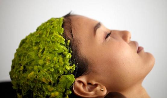 vitaminska-bomba-za-suvu-kosu-od-avokada-1
