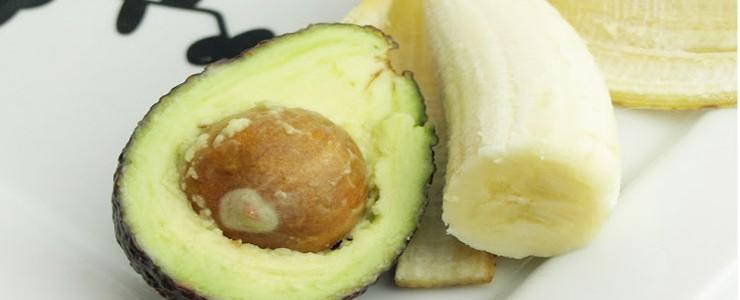 vitaminska-bomba-za-suvu-kosu-od-avokada